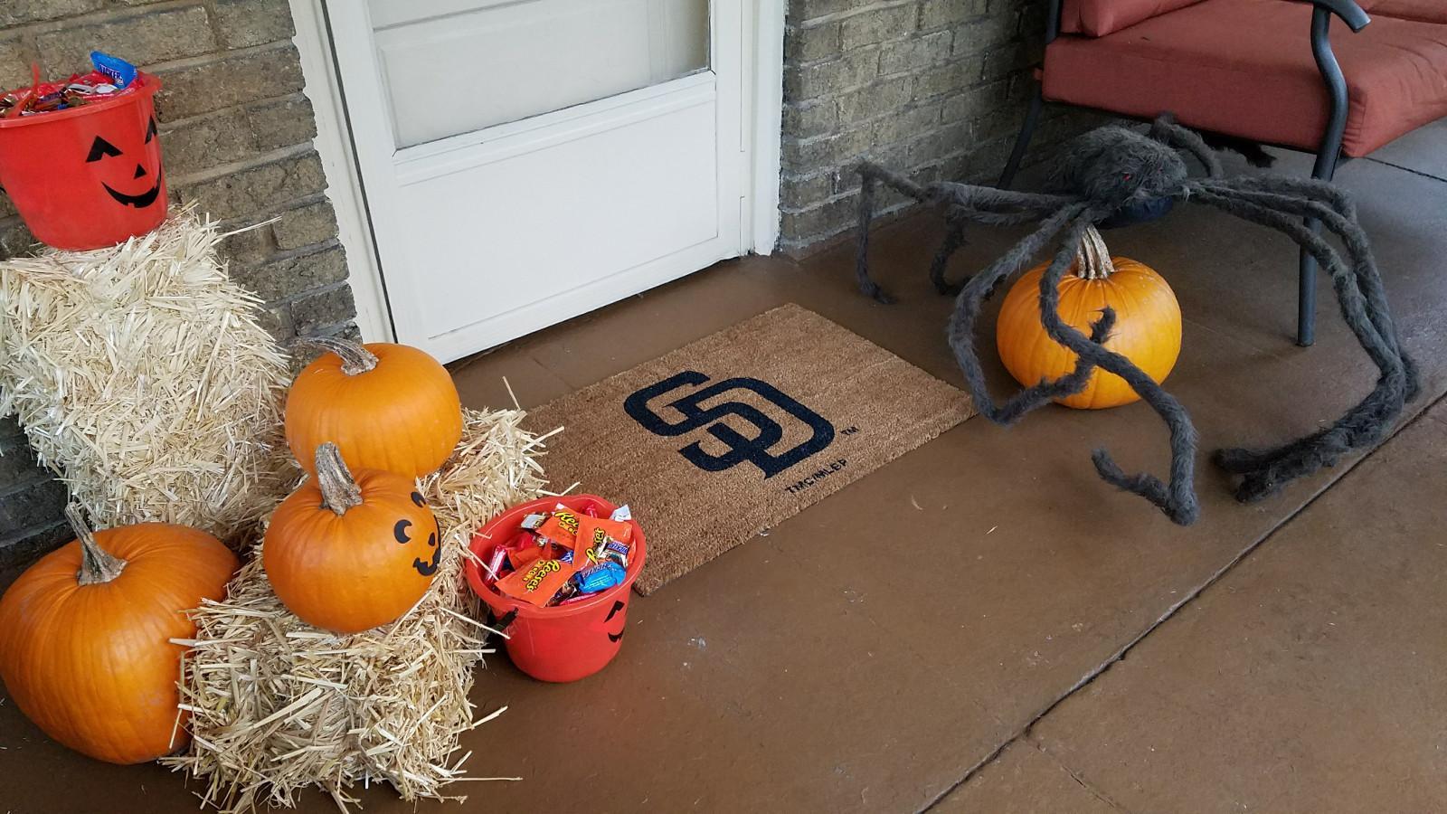 halloween-porch-2