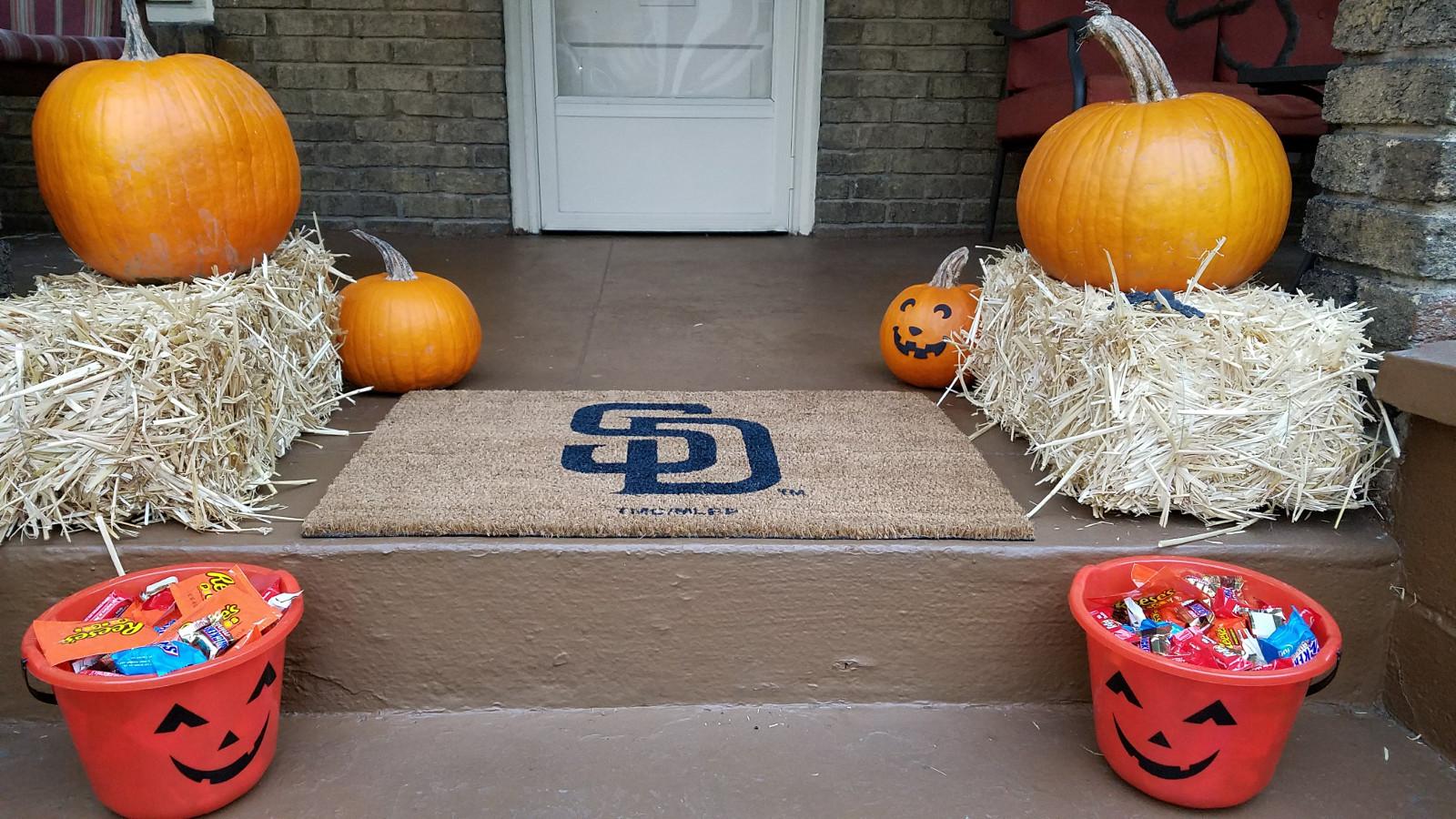 halloween-porch-3